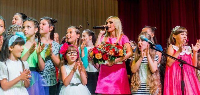 «Назустріч літу» за участю вокальної школи «Crystal Voice»